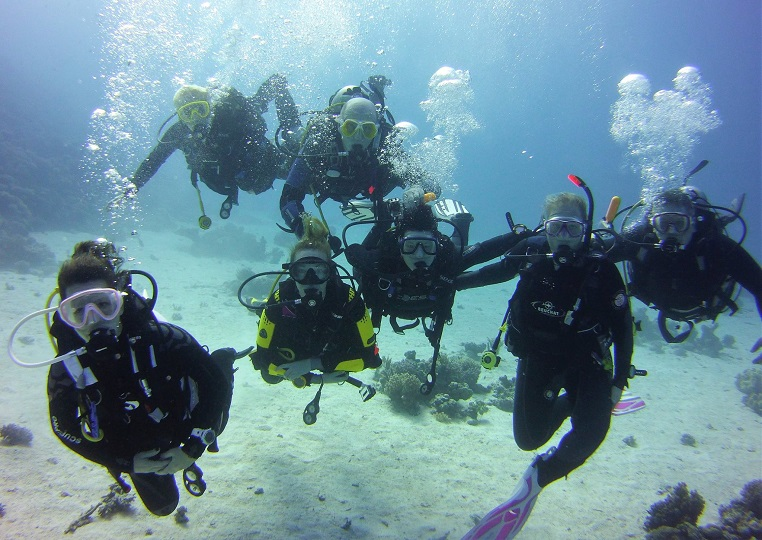 PADI advanced course buoyancy control
