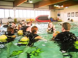 Discover scuba diving leader course, the first step in learnign to teach scuba divers